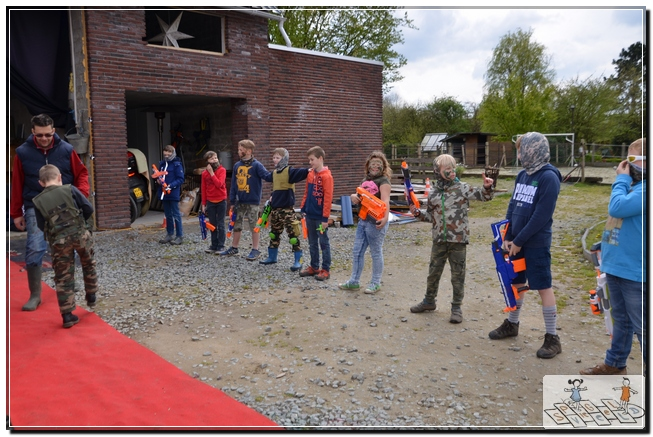 Seppe als Rambo 30-04-2016 (23)